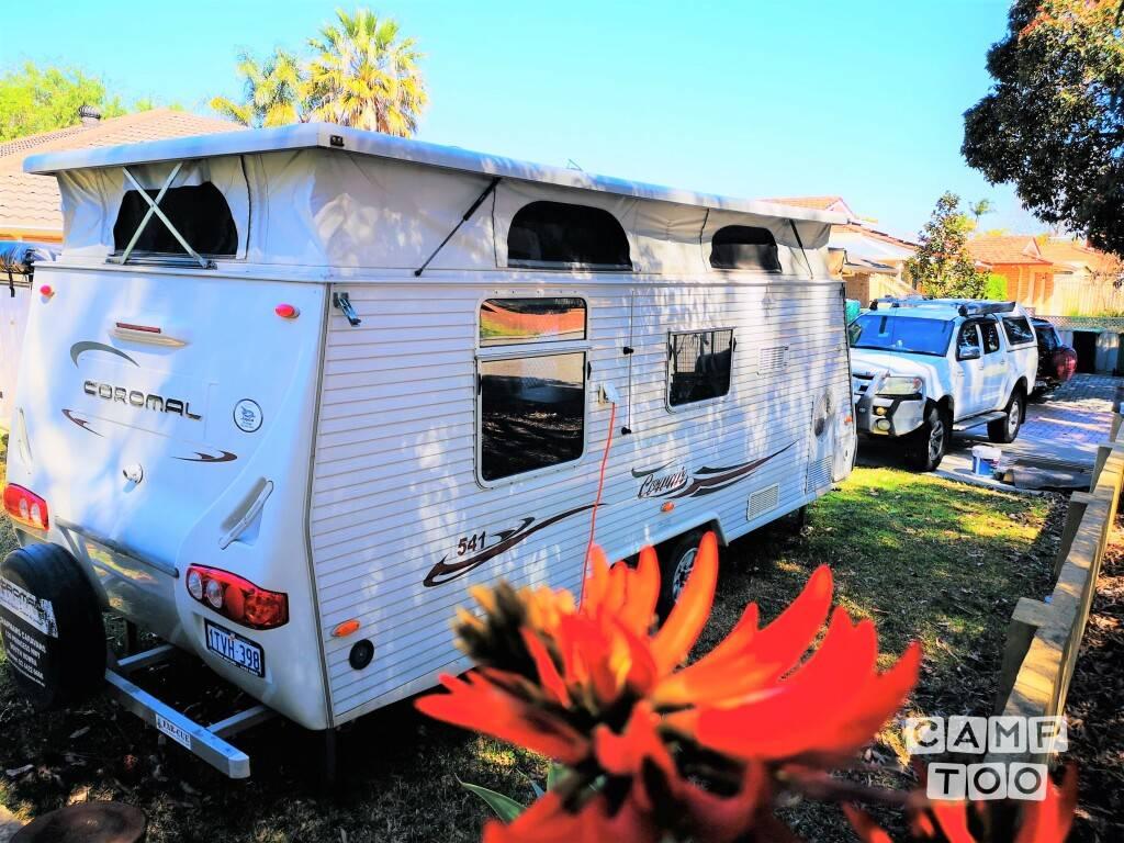 Coromal caravan from 2007: photo 1/13