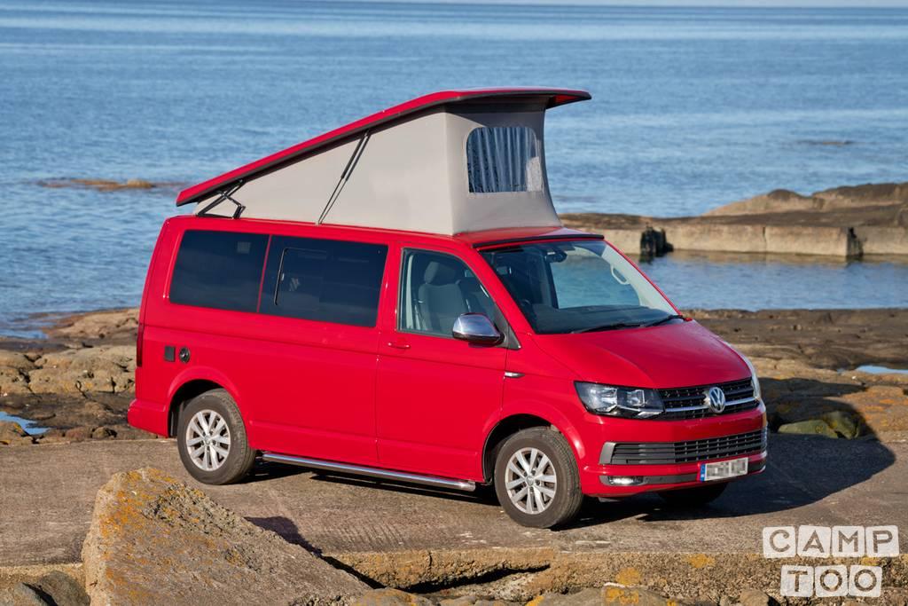 Volkswagen camper from 2016: photo 1/20