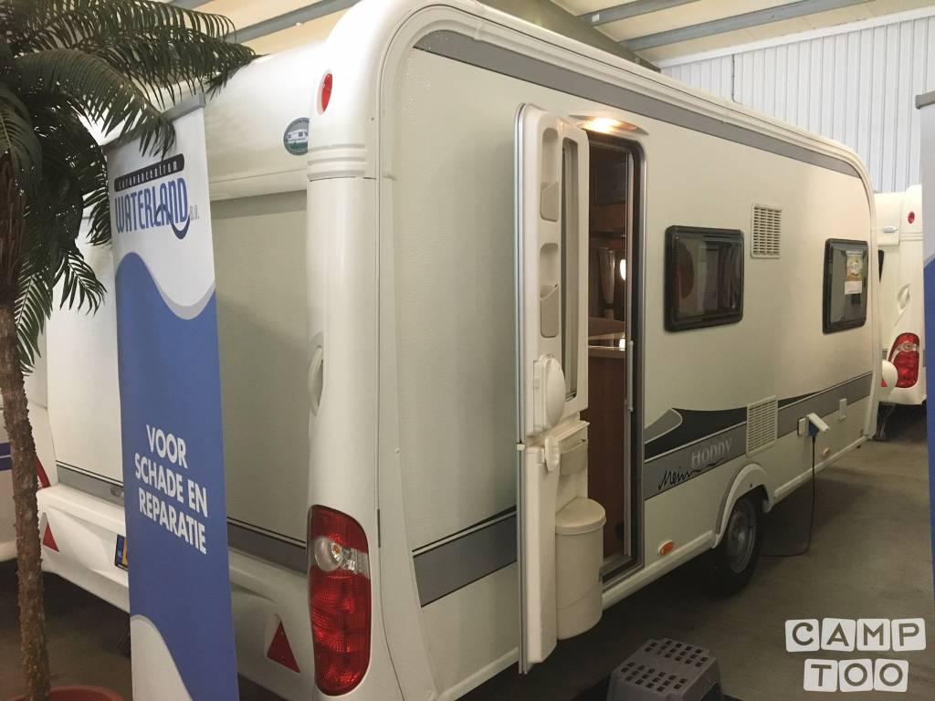 Hobby caravan uit 2011: foto 1/6