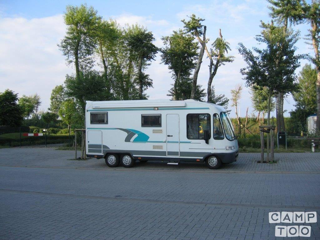 NIESMANN-BISCHOFF camper from 1998: photo 1/30