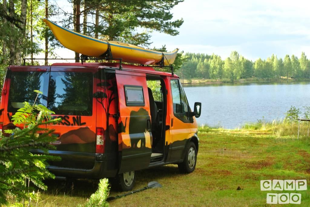 Ford camper uit 2007: foto 1/13