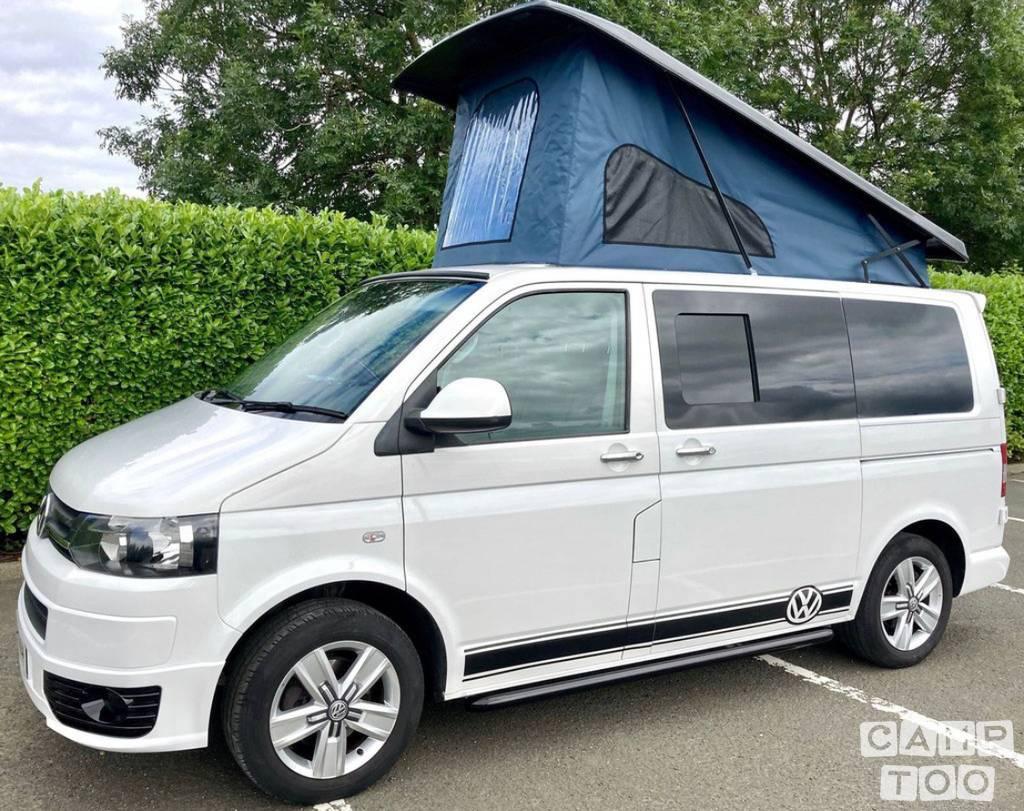 Volkswagen camper from 2014: photo 1/5