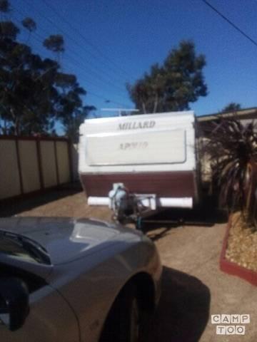 Millard caravan from 1984: photo 1/4