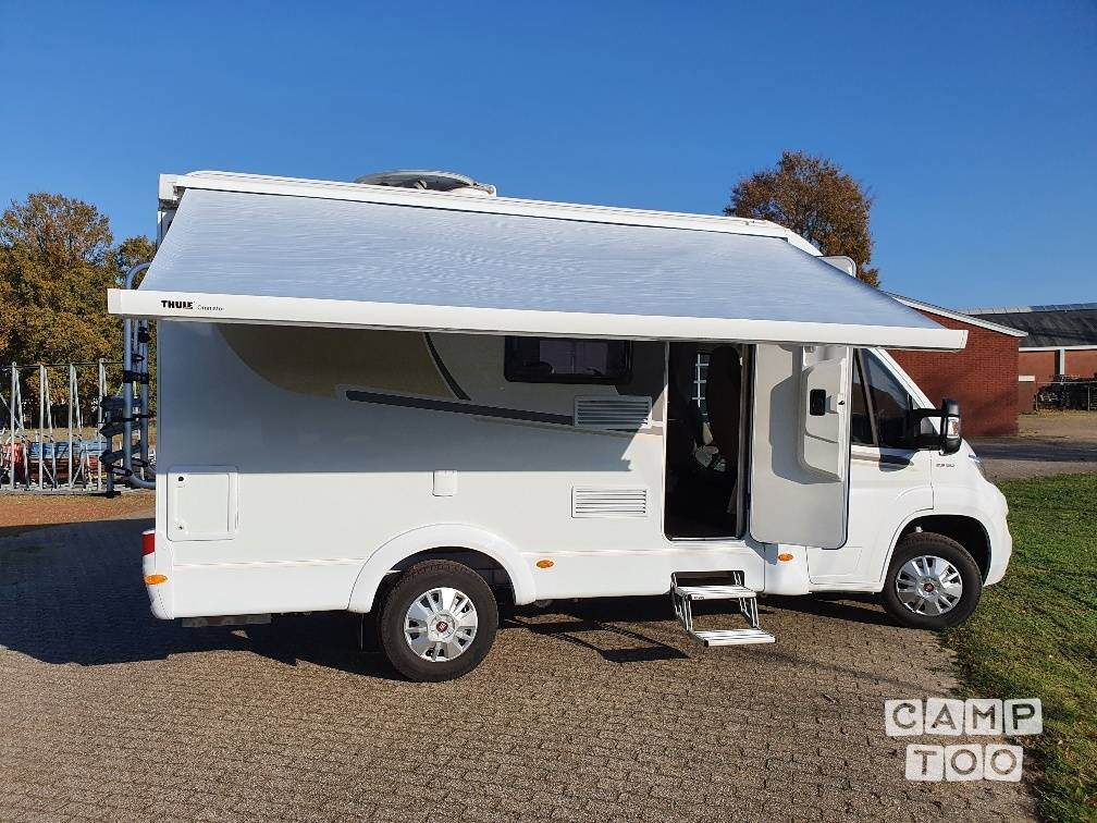 Capron camper from 2020: photo 1/25