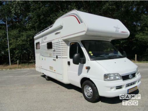 Fiat camper uit 2005: foto 1/6