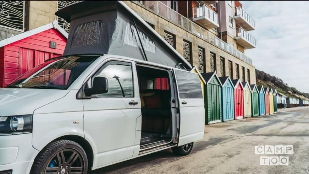 Volkswagen camper uit 2009: foto 1/25