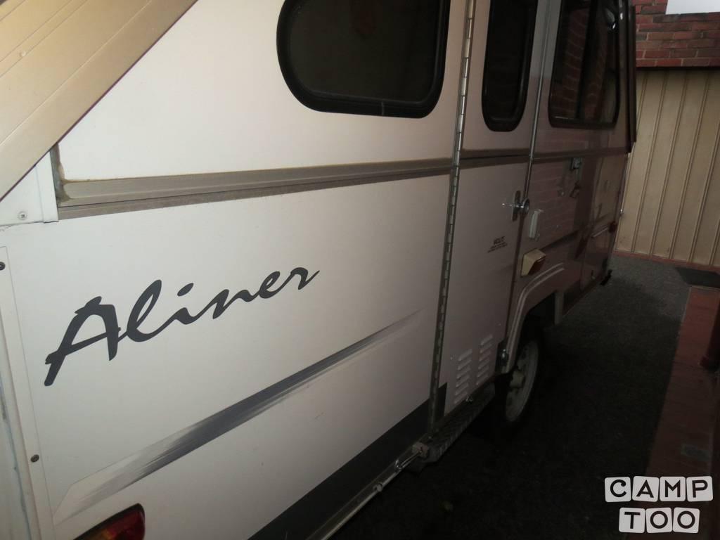 Avan caravan from 2003: photo 1/27