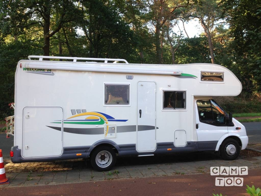 Chausson camper from 2007: photo 1/9