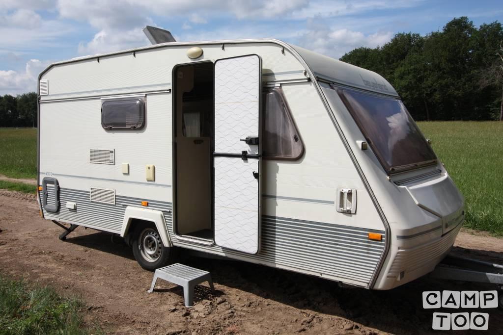 Beyerland caravan uit 1991: foto 1/23