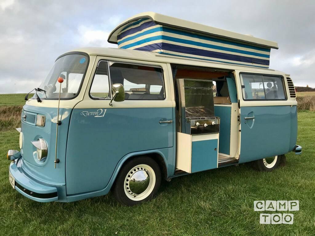 Volkswagen camper from 1977: photo 1/8