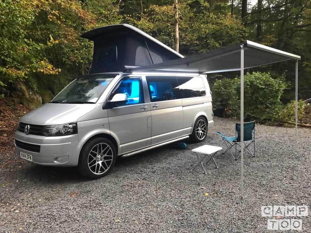Volkswagen camper from 2014: photo 1/33