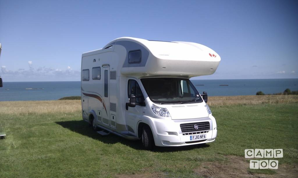 Eura Mobil camper from 2010: photo 1/11