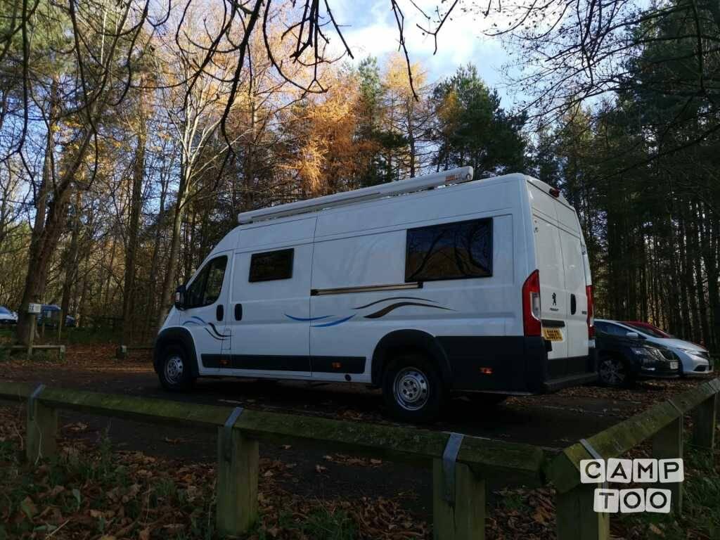 Peugeot camper uit 2016: foto 1/19