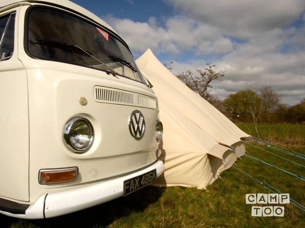 Volkswagen camper uit 1972: foto 1/15