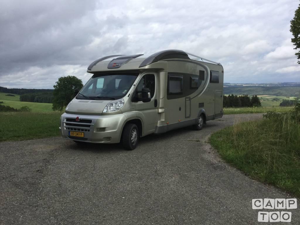 Bürstner camper from 2010: photo 1/18