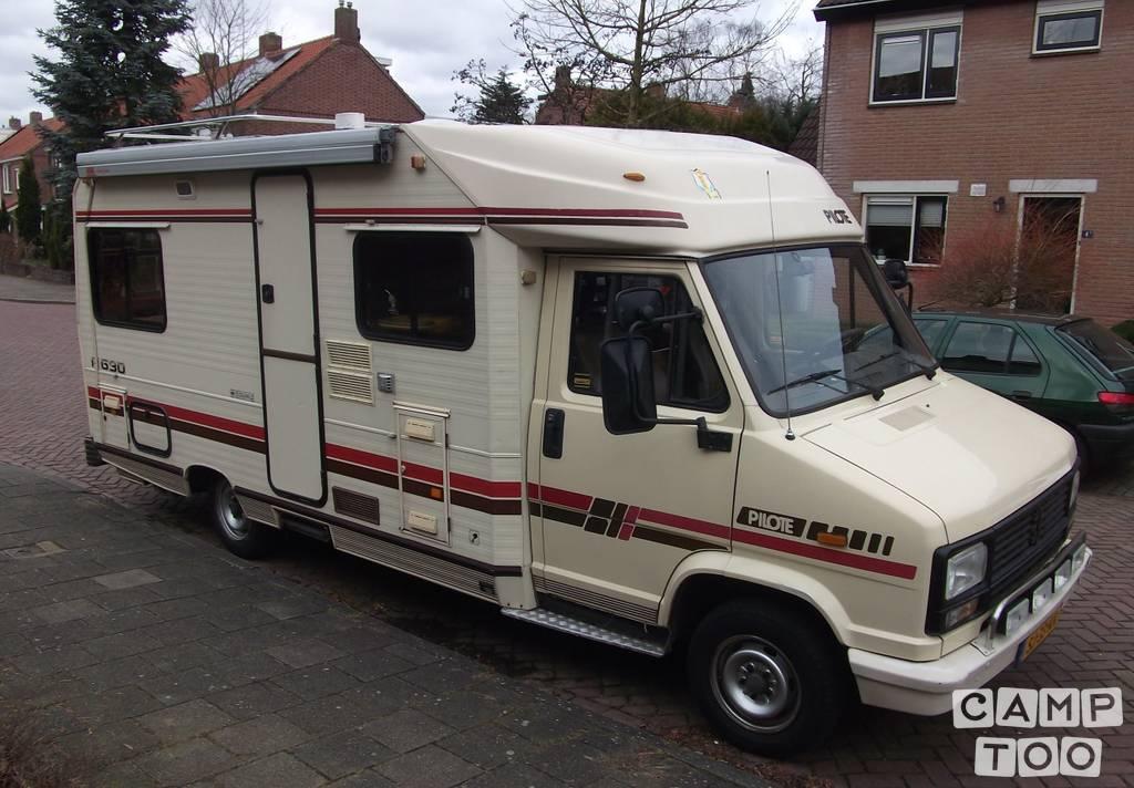Peugeot J5 camper uit 1987: foto 1/26