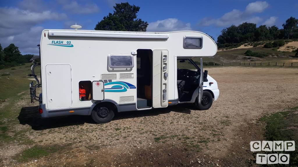 Chausson camper from 2007: photo 1/19