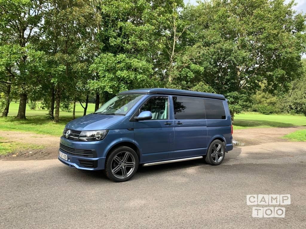 Volkswagen camper uit 2017: foto 1/11