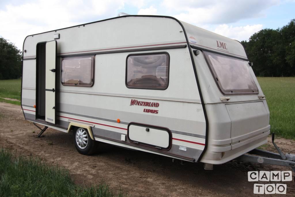 LMC caravan from 1993: photo 1/20