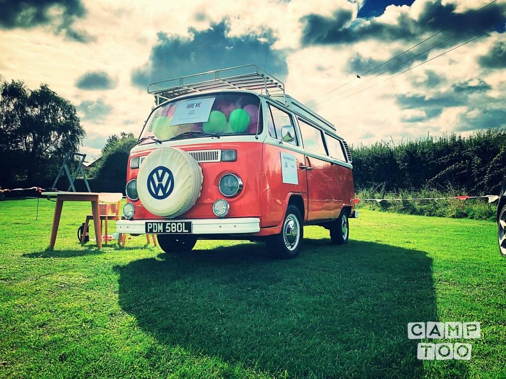 Volkswagen camper from 1973: photo 1/16
