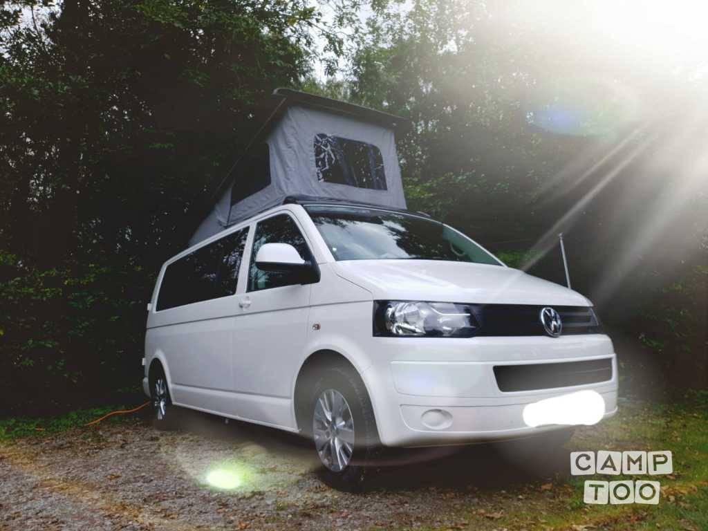Volkswagen camper from 2014: photo 1/12