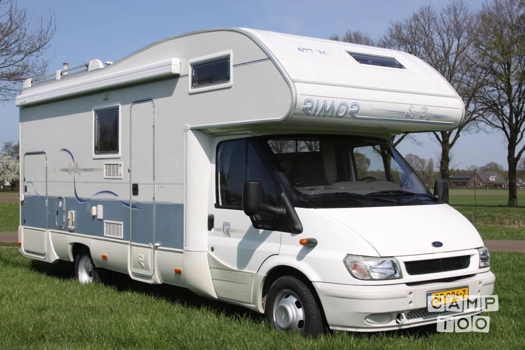 Ford camper uit 2000: foto 1/15