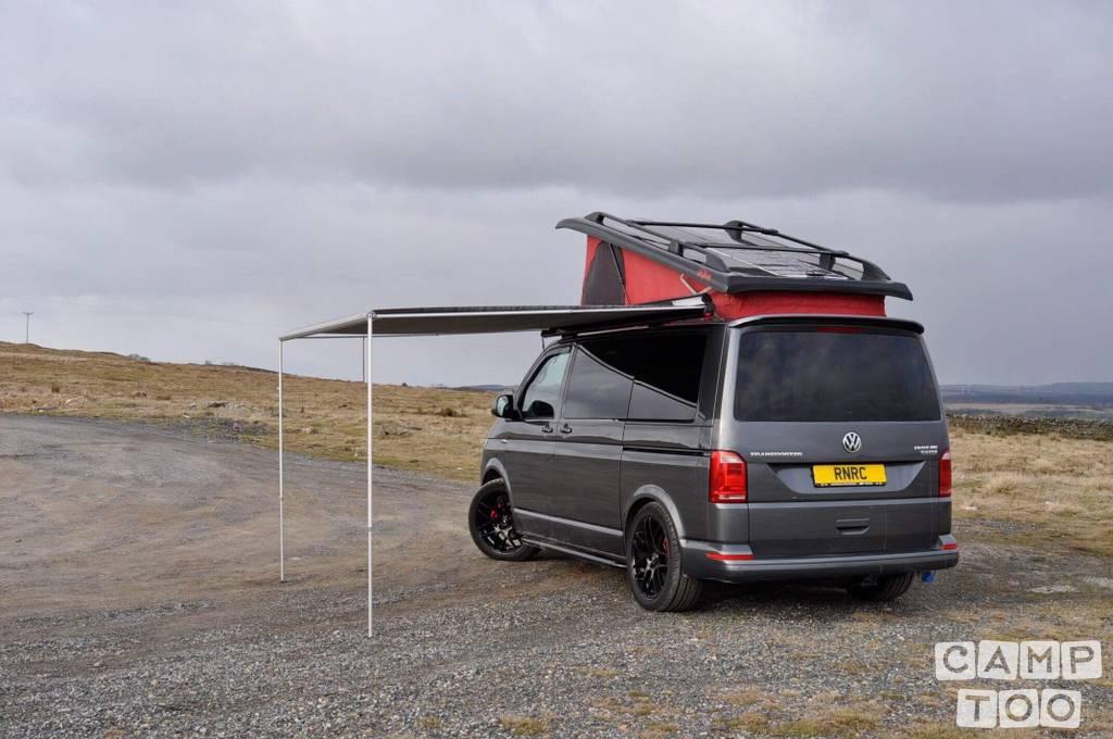 Volkswagen camper uit 2017: foto 1/33