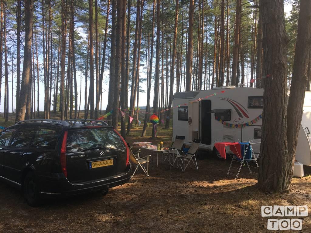 Bürstner caravan from 2017: kuva 1/8