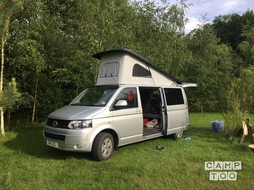 Volkswagen camper from 2015: photo 1/15