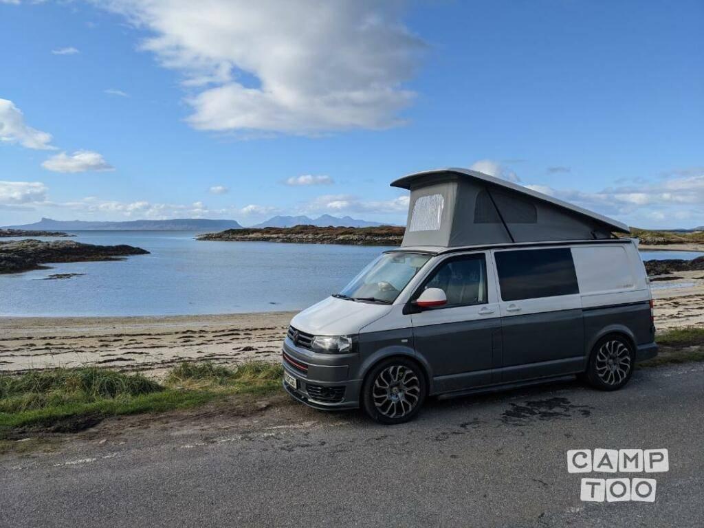Volkswagen camper uit 2013: foto 1/14