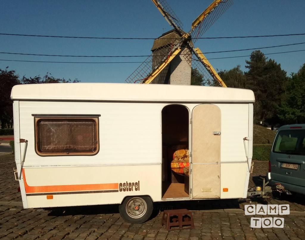 Rapido caravan from 1981: photo 1/10