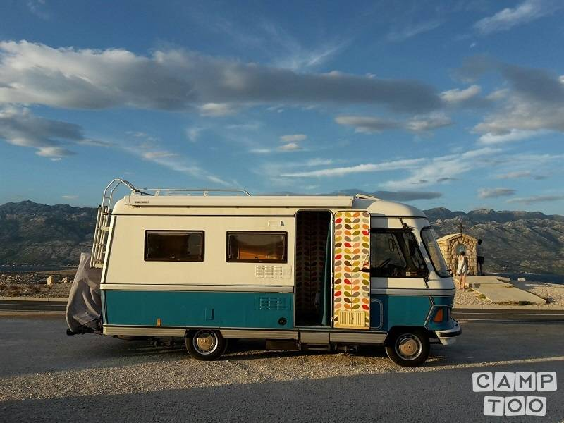Hymer camper from 1982: photo 1/15