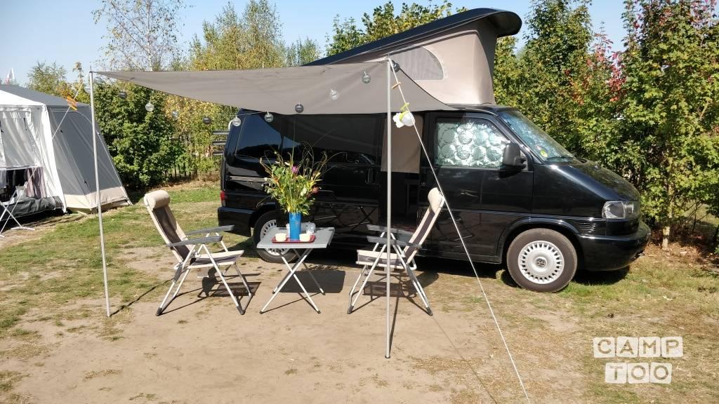 Volkswagen camper from 2001: photo 1/12