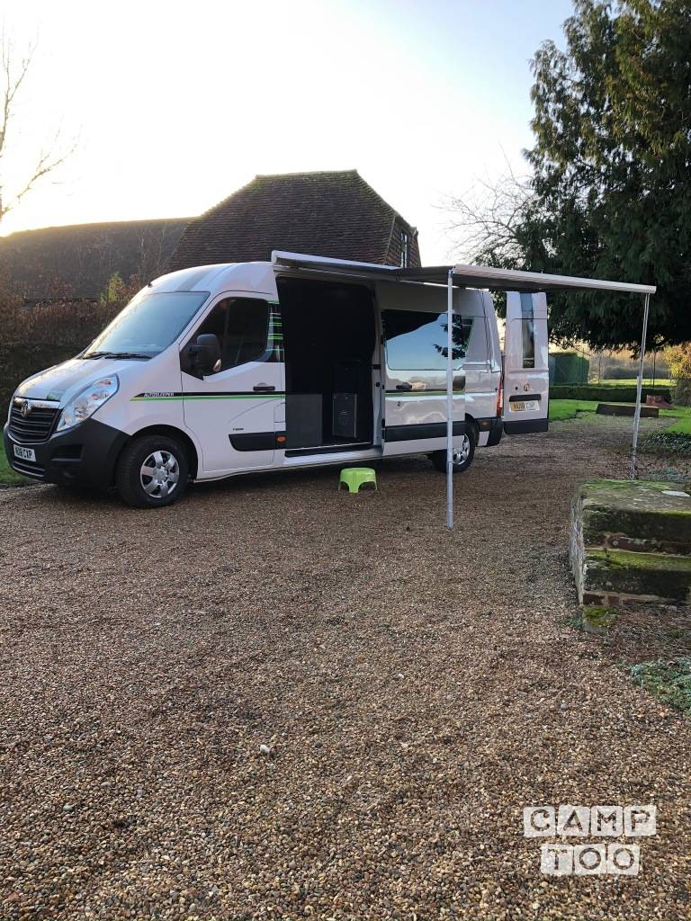 Vauxhall camper uit 2018: foto 1/13