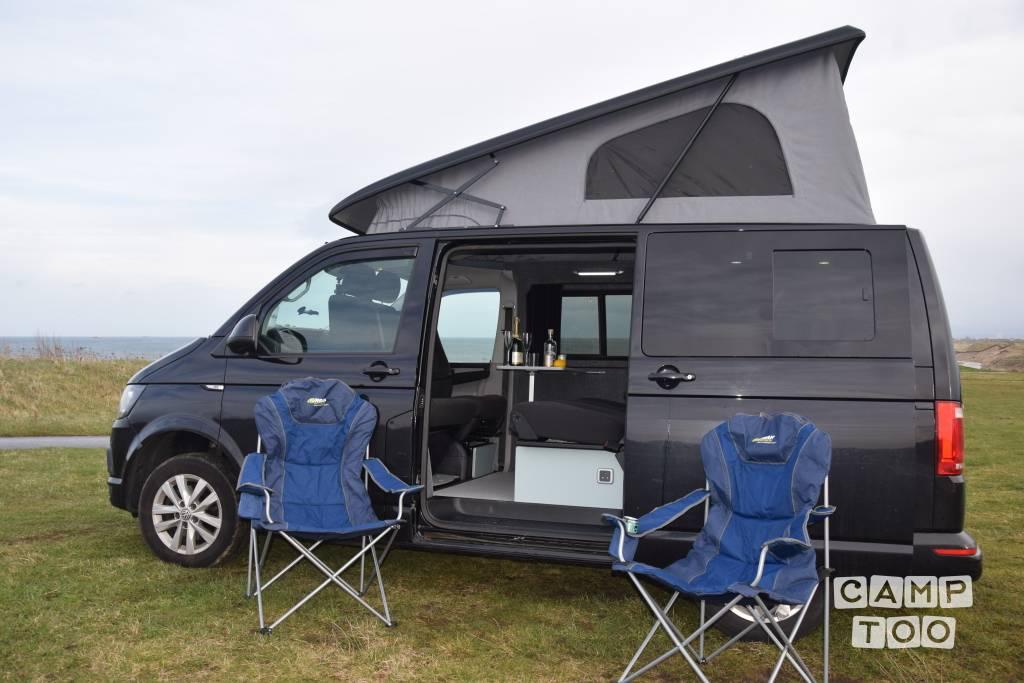 Volkswagen camper uit 2016: foto 1/25