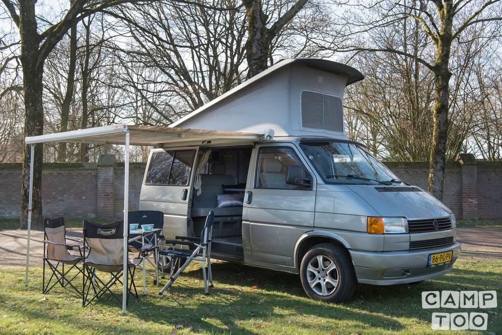 Volkswagen camper uit 1993: foto 1/14