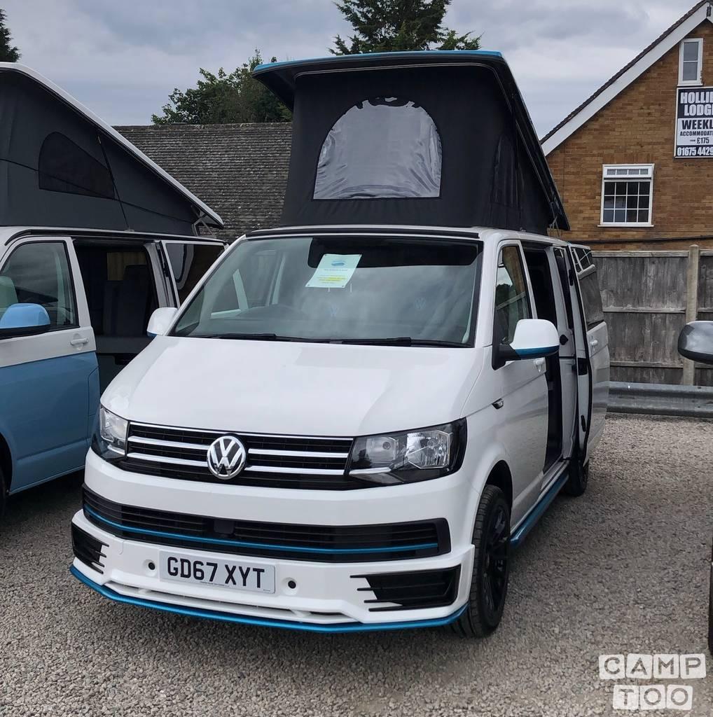 Volkswagen camper from 2018: photo 1/16