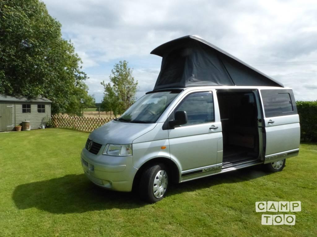Volkswagen camper from 2006: photo 1/21