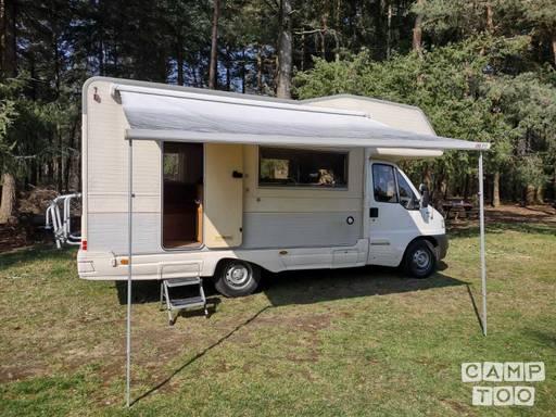 camper 18.jpg