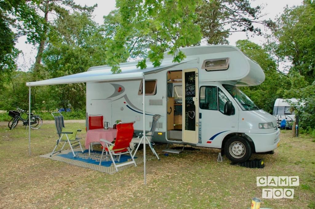 Dethleffs camper from 1999: photo 1/17