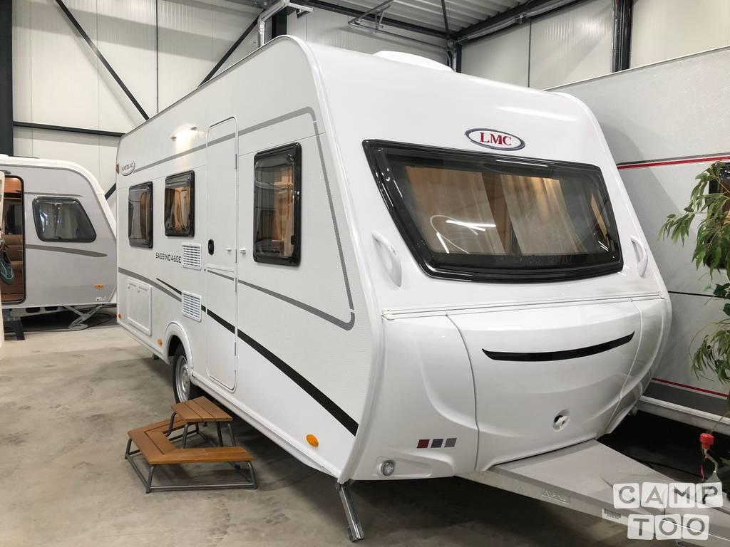LMC caravan from 2021: photo 1/12