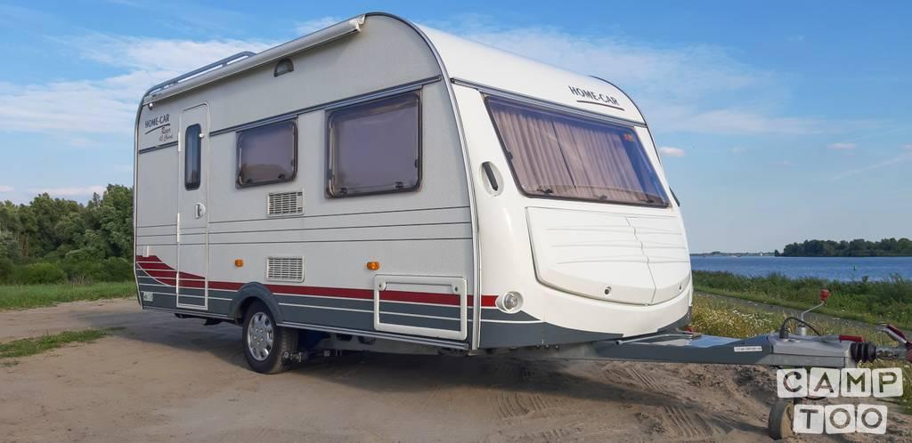 Home Car caravan uit 2004: foto 1/17
