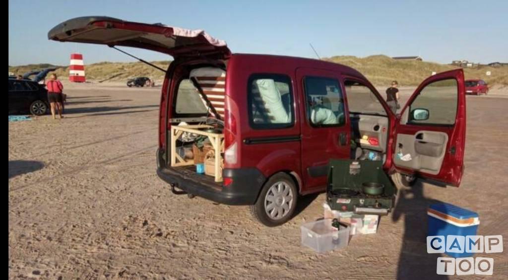 Renault camper uit 2002
