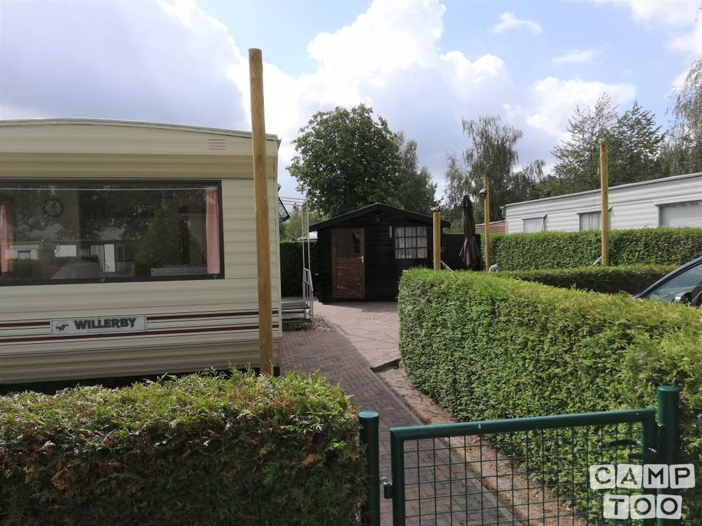 Willerby caravan from 1980: photo 1/12