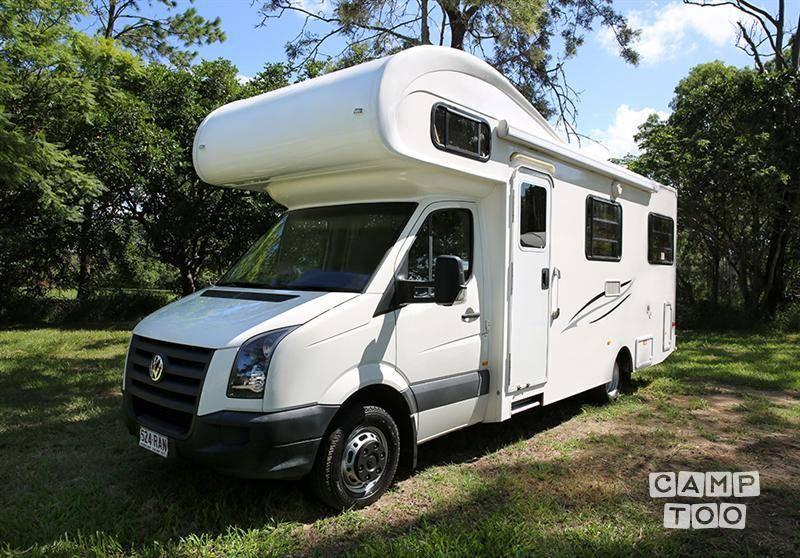 Volkswagen camper uit 2012: foto 1/9