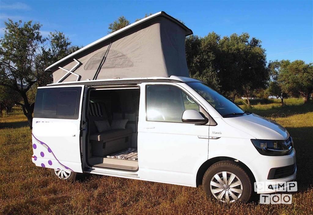 Volkswagen camper from 2017: photo 1/10