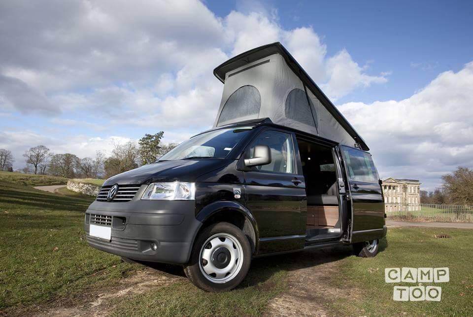 Volkswagen camper uit 2009: foto 1/21