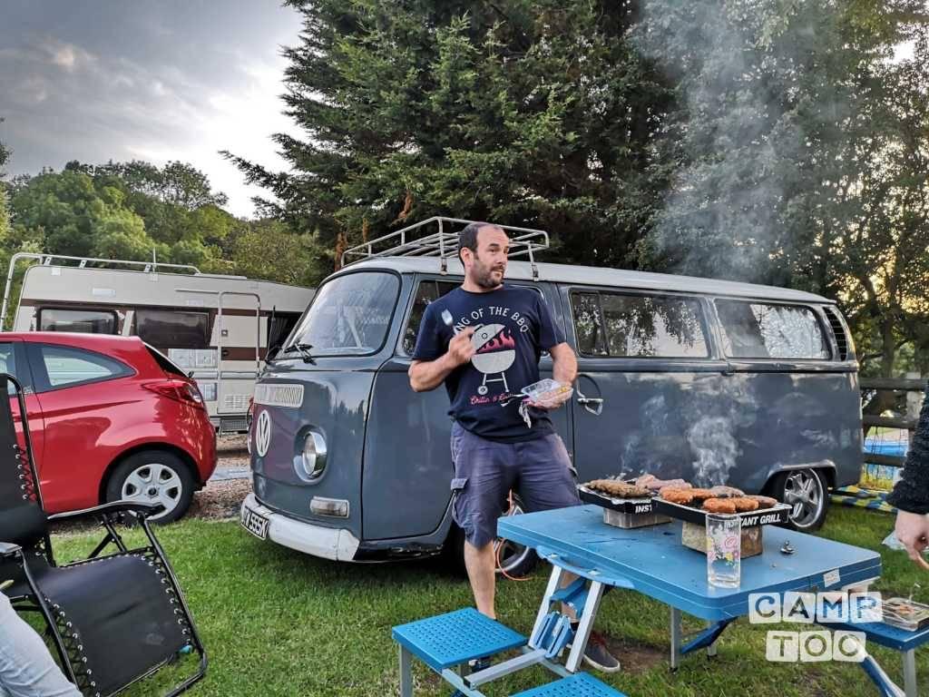 Volkswagen camper uit 1971: foto 1/10