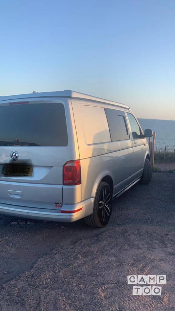 Volkswagen camper uit 2018: foto 1/5