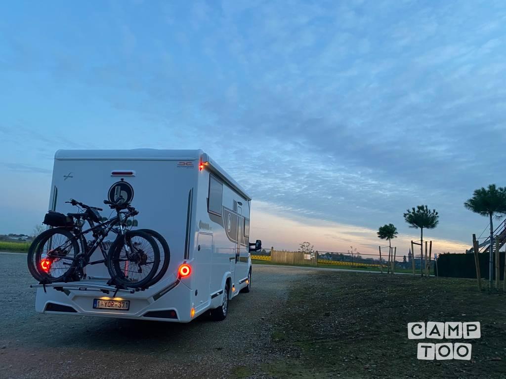 Ford camper uit 2020: foto 1/17